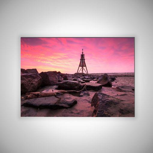 Kugelbake mit Wellenbrechern Querformat | 3mm Alu-Dibond-Platte Galerie Print