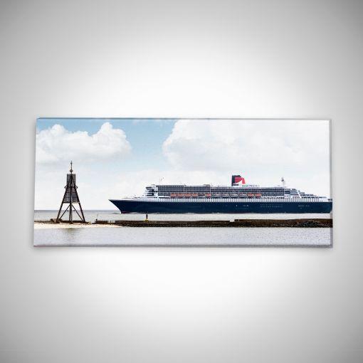 Kugelbake mit Queen Mary 2 Panorama | Leinwand Galerie Print