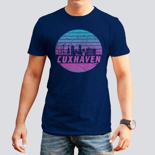 CuxShirt - Motiv: Cuxhaven Skyline violett | Herren T-Shirt